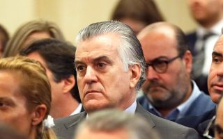 O πρώην ταμίας του Λαϊκού Κόμματος Λουίς Μπαρθένας στην πολύκροτη δίκη για την υπόθεση «Γκούρτελ» στη Μαδρίτη.