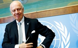 Πρόταση για κατάπαυση του πυρός στο ανατολικό Χαλέπι διατύπωσε χθες στη Γενεύη ο μεσολαβητής του ΟΗΕ, Στάφαν ντε Μιστούρα.