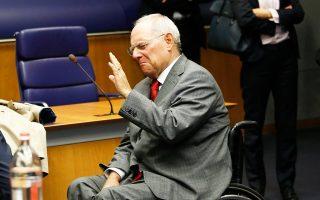 Ο Βόλφγκανγκ Σόιμπλε αναμένεται να βρεθεί σε ιδιαίτερα δύσκολη θέση αν το Διεθνές Νομισματικό Ταμείο αποφασίσει να αποχωρήσει από το ελληνικό πρόγραμμα.