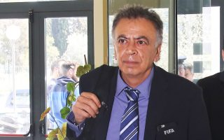 Η παρέμβαση της FIFA προαναγγέλθηκε από τον επιτετραμμένο της για το «ελληνικό πρόβλημα», Κ. Κουτσοκούμνη.