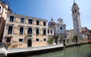 «Πλήρης ακαταστασία» στους θησαυρούς του Ινστιτούτου Βενετίας, ενώ αδιαφανής χαρακτηρίζεται και η διαχείριση της ακίνητης περιουσίας του.