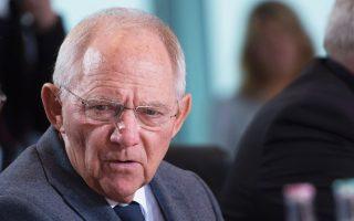 Ο Βόλφγκανγκ Σόιμπλε στο χθεσινό υπουργικό συμβούλιο στο Βερολίνο.