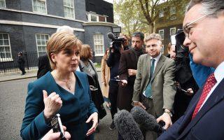 Απογοητευμένη από τη χθεσινή συνάντησή της με την Τερέζα Μέι δήλωσε η τοπική πρωθυπουργός της Σκωτίας, Νίκολα Στέρτζον.
