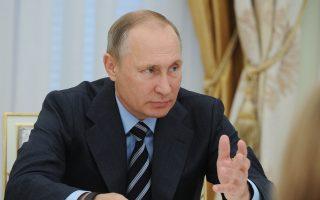 Μετά τις τελευταίες εξελίξεις στη Συρία, η ευθυγράμμιση του Πούτιν με τον Ασαντ είναι ακόμη μεγαλύτερη.