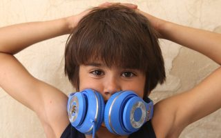 Ο μικρός Γιώργος Στεντούμης στη σειρά του Alpha «Η λέξη που δεν λες».