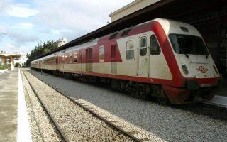 neari-parasyrthike-apo-dierchomeno-treno-stin-veroia0