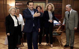 aichmes-sakellarioy-kai-yposcheseis-tsipra-meta-to-seismo-sto-ste0