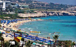 Η Κύπρος, η Ισπανία, η Ιταλία, η Κροατία και η Πορτογαλία, βάσει των ίδιων στοιχείων, παρουσιάζουν αυξήσεις στα έσοδά τους από τον τουρισμό.