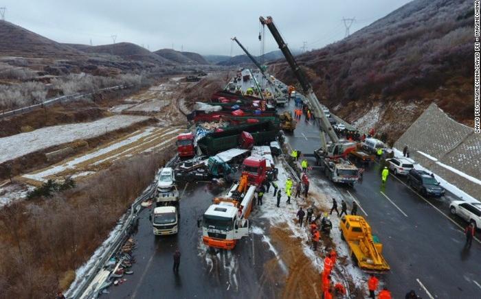 Κίνα: 17 νεκροί και 37 τραυματίες σε καραμπόλα λόγω παγετού