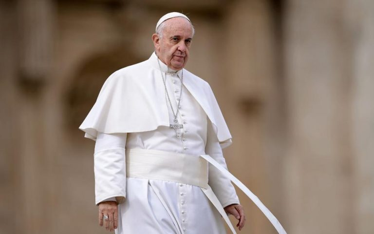 Ο πάπας Φραγκίσκος συναντήθηκε με τον Μάρτιν Σκορσέζε με αφορμή τη ταινία για τους Ιησουίτες
