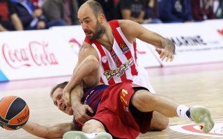 Ο Ολυμπιακός ήταν εκτός ρυθμού χθες στο ΣΕΦ, όμως κράτησε την Μπαρτσελόνα στους 52 πόντους και πήρε μια μεγάλη νίκη.