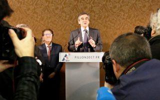Ο Φρανσουά Φιγιόν, υποψήφιος για την ηγεσία των Γάλλων Συντηρητικών, χθες στο Παρίσι.