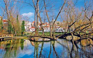 Ενα από τα καλύτερα πάρκα της Ευρώπης είναι αυτό της Αγίας Βαρβάρας, στο κέντρο της Δράμας. (Φωτογραφία: ΚΛΑΙΡΗ ΜΟΥΣΤΑΦΕΛΛΟΥ)