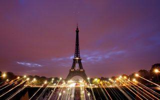 Μεγάλες διεθνείς τράπεζες έχουν ξεκινήσει τις απαραίτητες νομικές διαδικασίες για την ίδρυση θυγατρικών στο Παρίσι, δήλωσε ο Μπενουά ντε Ζουβινί, επικεφαλής της ανώτατης εποπτικής αρχής των αγορών (ΑΜF) στη Γαλλία.