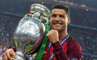 «Το όνειρό μου έγινε πραγματικότητα για τέταρτη φορά. Το αφιερώνω στους συμπαίκτες μου στον σύλλογο και στην εθνική ομάδα», τόνισε ο Ρονάλντο.