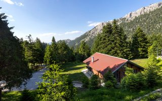 to-elatos-resort-amp-038-health-club-paroysiazei-to-elatos-mountain-wellness-amp-8211-discover-a-better-you0