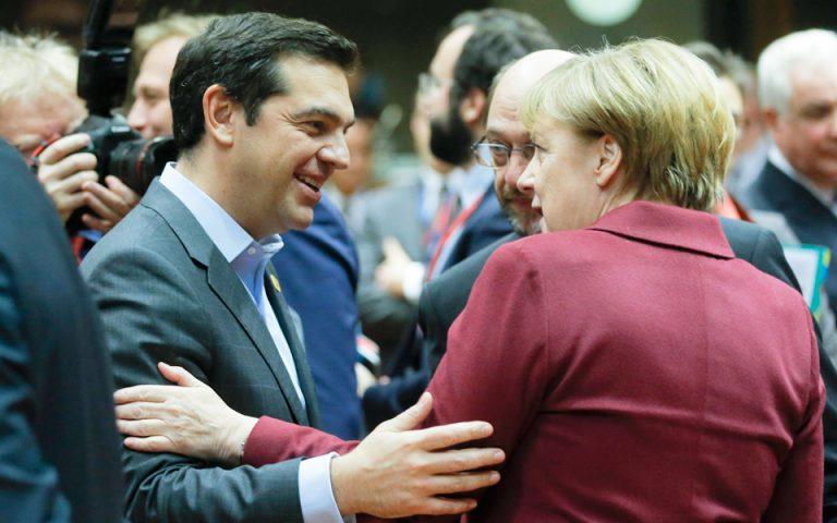 krisimo-tet-a-tet-tsipra-me-merkel-sto-verolino-2165926