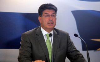 Ο πρόεδρος του ΣΕΒ  Θ. Φέσσας.