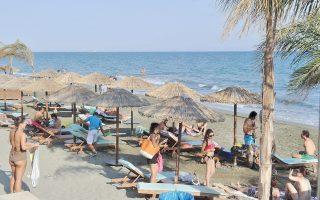 Οι αιτούντες ενθαρρύνονται να δημιουργήσουν ή να ενισχύσουν συνέργειες κυρίως στους τομείς του γαστρονομικού και οινικού τουρισμού, του πολιτιστικού τουρισμού, του ιατρικού τουρισμού και του παράκτιου τουρισμού.