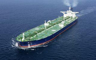 Στη φετινή λίστα περιλαμβάνονται και επενδυτικά funds με προεξάρχον αυτό του Howard Marks, την Oaktree Capital, η οποία κατέχει πλειοψηφικές ή μικρότερες συμμετοχές σε μεγάλες ναυτιλιακές όπως οι Star Bulk Carriers, Gener8 Maritime και Eagle Bulk Shipping.
