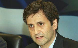 Ο εκπρόσωπος του γερμανικού υπουργείου Οικονομικών Τ. Στέφεν πρότεινε να συνδεθεί το «ξεπάγωμα» των μέτρων για το χρέος με την ολοκλήρωση της αξιολόγησης. Τη θέση του Βερολίνου απέρριψε ο αναπληρωτής υπουργός Οικονομικών Γ. Χουλιαράκης (φωτ.), υποστηρίζοντας ότι τα δύο θέματα δεν έχουν σχέση μεταξύ τους.