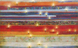 «Φωτισμένα Κουρελάκια Πολύχρωμα», ένα από τα έργα του Χρήστου Μποκόρου, στο Μουσείο Μπενάκη Πειραιώς.