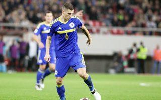 Ο 27χρονος διεθνής Βόσνιος αμυντικός Ογκνιέν Βράνιες πέρασε από ιατρικές εξετάσεις και σήμερα, εκτός απροόπτου, θα υπογράψει συμβόλαιο με την ΑΕΚ.