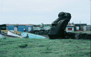Η καθημερινότητα στο Νησί του Πάσχα μέσα από τον φακό του Urbain Kinet.