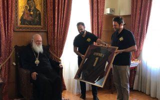 i-omada-kalathosfairisis-tis-archiepiskopis-ston-makariotato0