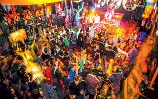 Ο φοιτητόκοσμος αγαπά το  κλαμπ KSET για τις θεματικές μουσικές βραδιές και τα φθηνά ποτά του.(Φωτογραφία: Marko Kolarek)