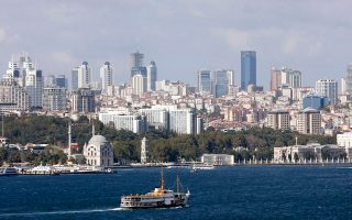 Tο ταξίδι στην Κωνσταντινούπολη μπορεί να είναι μόνο βουτηγμένο στις αναμνήσεις.
