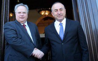 Στιγμιότυπο από παλαιότερη συνάντηση των υπουργών Εξωτερικών Ελλάδας και Τουρκίας, Ν. Κοτζιάς και Μεβλούτ Τσαβούσογλου.