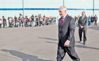 Στην Πόλη του Μεξικού αφίχθη χθες ο Αμερικανός υπουργός Εξωτερικών Ρεξ Τίλερσον, σε μια δύσκολη αποστολή εξομάλυνσης των διμερών σχέσεων.