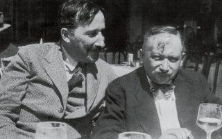 Στην Οστάνδη, ο Στέφαν Τσβάιχ (αριστερά) και ο Γιόζεφ Ροτ μοιράζονται μαζί το τελευταίο ξένοιαστο καλοκαίρι της προπολεμικής Ευρώπης.