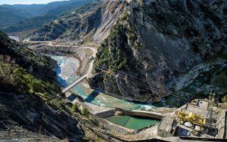 Αποψη του υδροηλεκτρικού εργοστασίου της Γλίστρας. Το ρεπορτάζ πραγματοποιήθηκε έπειτα από πρωτοβουλία του ανεξάρτητου, μη κερδοσκοπικού ερευνητικού οργανισμού «διαΝΕΟσις».