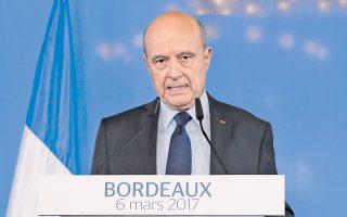 Σε αυστηρό ύφος μίλησε χθες στο Μπορντό ο Αλέν Ζιπέ, αποκλείοντας το ενδεχόμενο να είναι υποψήφιος για την προεδρία.