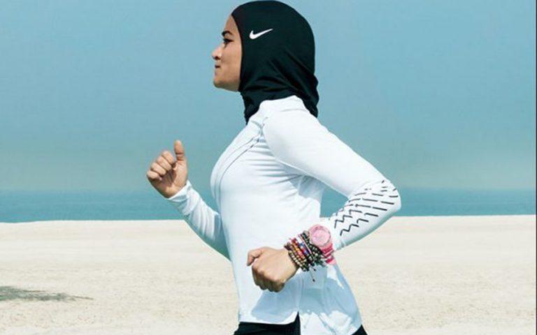 Μαντίλα ειδικά σχεδιασμένη για μουσουλμάνες αθλήτριες θα λανσάρει η Nike