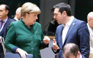 Ο Αλ. Τσίπρας με τη Γερμανίδα καγκελάριο Αγκελα Μέρκελ στο περιθώριο της Συνόδου Κορυφής στις Βρυξέλλες.