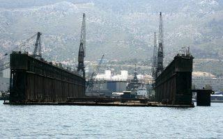 Οι δεξαμενές που κατασχέθηκαν είναι η 1 και η 3, 72.000 τόνων και 36.000 τόνων αντίστοιχα, τις οποίες φέρονται να είχαν ενδιαφερθεί προ ετών, επί ιδιοκτησίας Thyssen Krupp, να αγοράσουν τουρκικά συμφέροντα.