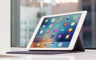 Η Apple δίνει τα τελευταία χρόνια μέρος των εσόδων από τις πωλήσεις των προϊόντων της στις έρευνες για την καταπολέμηση του AIDS.