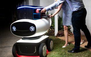 Τροχήλατα αυτοκινούμενα ρομπότ μπορούν να εξυπηρετούν την πελατεία της αλυσίδας Domino's Pizza, αρκεί όσοι κάνουν την παραγγελία να διαμένουν σε ακτίνα περίπου 1.600 μέτρων από το εκάστοτε εστιατόριο.