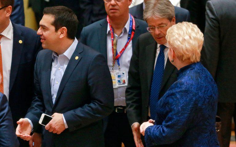 tsipras-zitisa-apo-ti-lagkarnt-i-stasi-tis-na-min-einai-a-la-kart-2179406