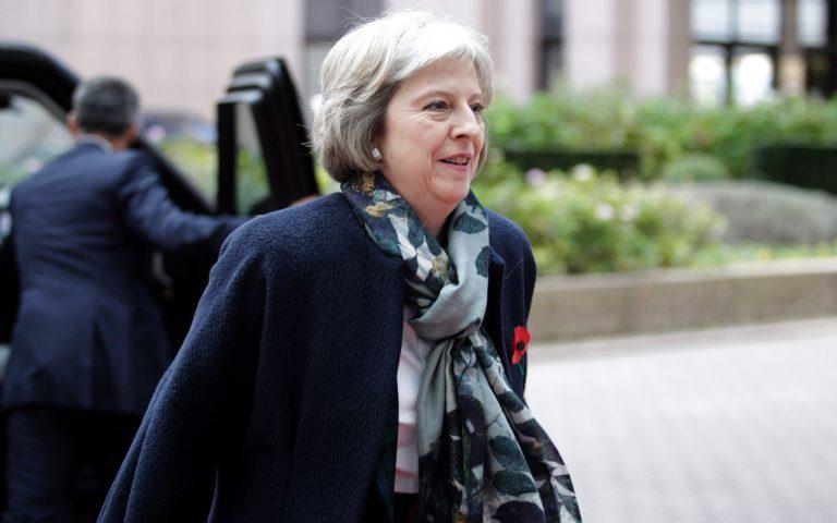 Μέι: «Το Brexit δεν θα καθυστερήσει λόγω της επίθεσης»