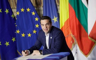 tsipras-den-mporoyme-na-oneireytoyme-to-mellon-tis-e-e-choris-ta-koinonika-dikaiomata0