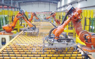 Σύμφωνα με το αμερικανικό υπουργείο Εμπορίου, οι ΗΠΑ εμφάνισαν έλλειμμα 4,1 δισ. δολαρίων από το διμερές εμπόριο ειδών ρομποτικής με την Ιαπωνία, την Ε.Ε. και την Ελβετία, οι οποίες προπορεύονται στον κλάδο.
