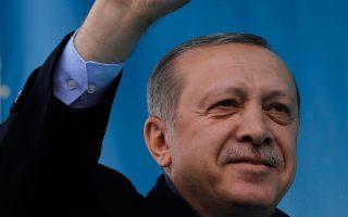Ο Ερντογάν κάλεσε τον Κιλιτσντάρογλου, αν έχει στοιχεία, να τα δώσει στη δημοσιότητα.