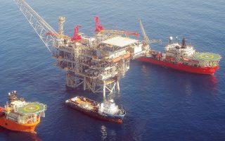 Είναι η πρώτη φορά που ο αμερικανικός κολοσσός ExxonMobil θα πραγματοποιήσει έρευνες για τον εντοπισμό υδρογονανθράκων στην ανατολική Μεσόγειο, γεγονός που δείχνει τη μεγάλη σημασία της συμφωνίας.
