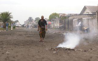 Το «Félicité» του Αλέν Γκομί μας μεταφέρει στην Κινσάσα, στην καθημερινότητα και στη σκοτεινή μουσική της.