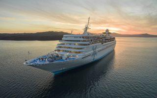 Η πρώτη κρουαζιέρα για Κινέζους στο Αιγαίο θα πραγματοποιηθεί με το κρουαζιερόπλοιο Celestyal Olympia και το ταξίδι περιλαμβάνει επισκέψεις σε Μύκονο, Σάμο, Πάτμο, Κουσάντασι, Ηράκλειο και Σαντορίνη.