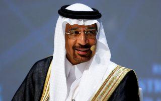 Ο υπουργός Ενέργειας της Σαουδικής Αραβίας Χαλίντ αλ Φαλίχ επιβεβαίωσε ότι οι πετρελαιοπαραγωγοί χώρες συμφώνησαν αρχικά για την παράταση της μείωσης παραγωγής πετρελαίου.